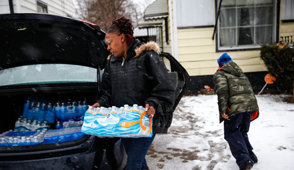 Flint's citizens avoid consuming tainted water.