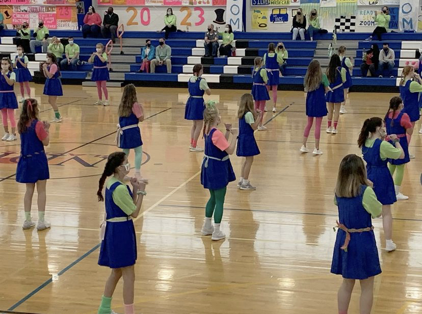 Students participate during Gym Meet 2021.